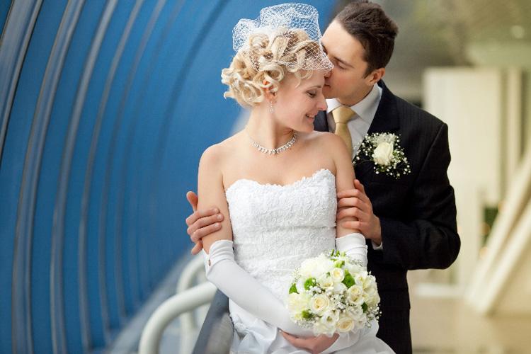 Светлана и Сергей. Свадебная прическа с вуалью!